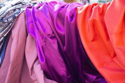 textilien satinieren